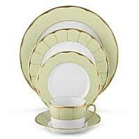 Haviland ILLUSION ENDIVE AND GOLD RIM