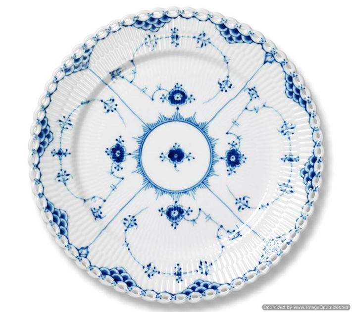 Royal Copenhagen BLUE FLUTED FULL LACE DINNER PLATE 10.75