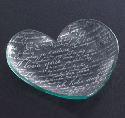 Annieglass Hearts 7'' heart plate Sweet Nothings - Platinum