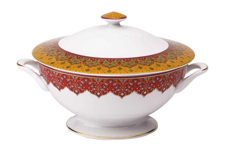 Philippe Deshoulieres Dhara red soup tureen