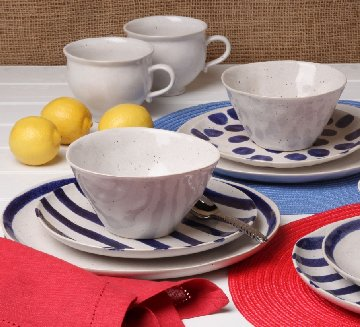 CASAFINA SPOT ON Dinnerware