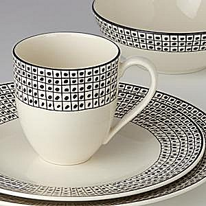 LENOX AROUND THE TABLE DOTS Dinnerware