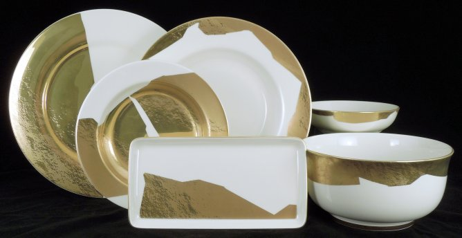 Pickard Kelly Wearstler is made in the USA . Pickard china is one of the finest made worldwide. Pickard dinnerware has been made with the same superior ... & Pickard Kelly Wearstler Dinnerware Giftware And Flatware ...