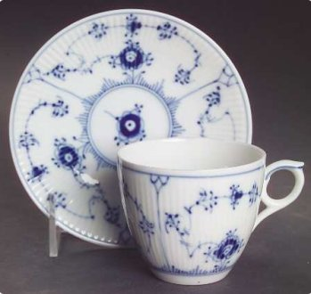 Royal Copenhagen Blue Fluted Plain Dinnerware