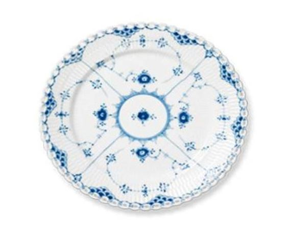 Royal Copenhagen BLUE FLUTED FULL LACE BREAD & BUTTER PLATE 6.75