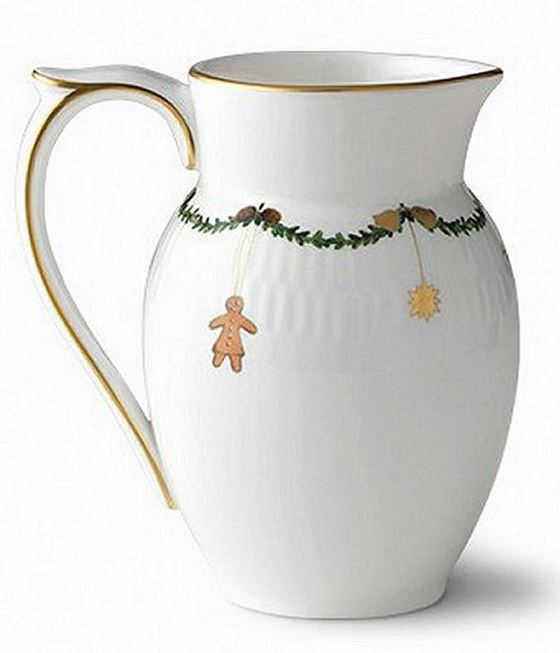 Royal Copenhagen STAR FLUTED CHRISTMAS CREAMER