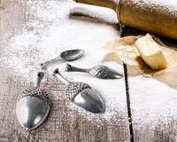 Vagabond House Measuring Spoons -Pewter Acorn