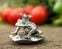 Vagabond House Salt and Pepper - Crown Frog