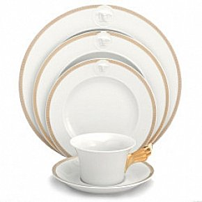 Versace Medusa D'Or Dinnerware Selections