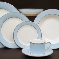 Pickard ColorBurst Blue Platinum Ivory Dinner PlatePlate