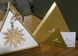Swarovski SCS  2011 Christmas Ornament  Gold