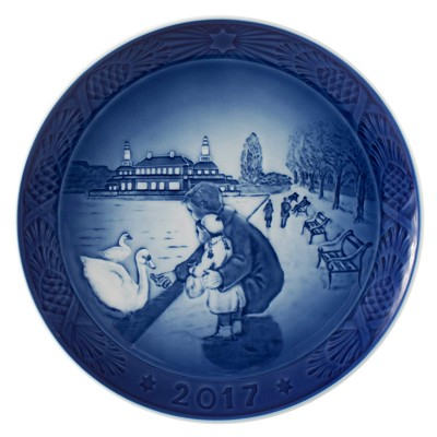 Royal Copenhagen 2017 Annual Christmas Plate